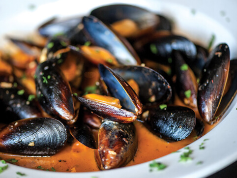 sun fish grill mussels